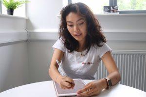 woman calculating holiday pay